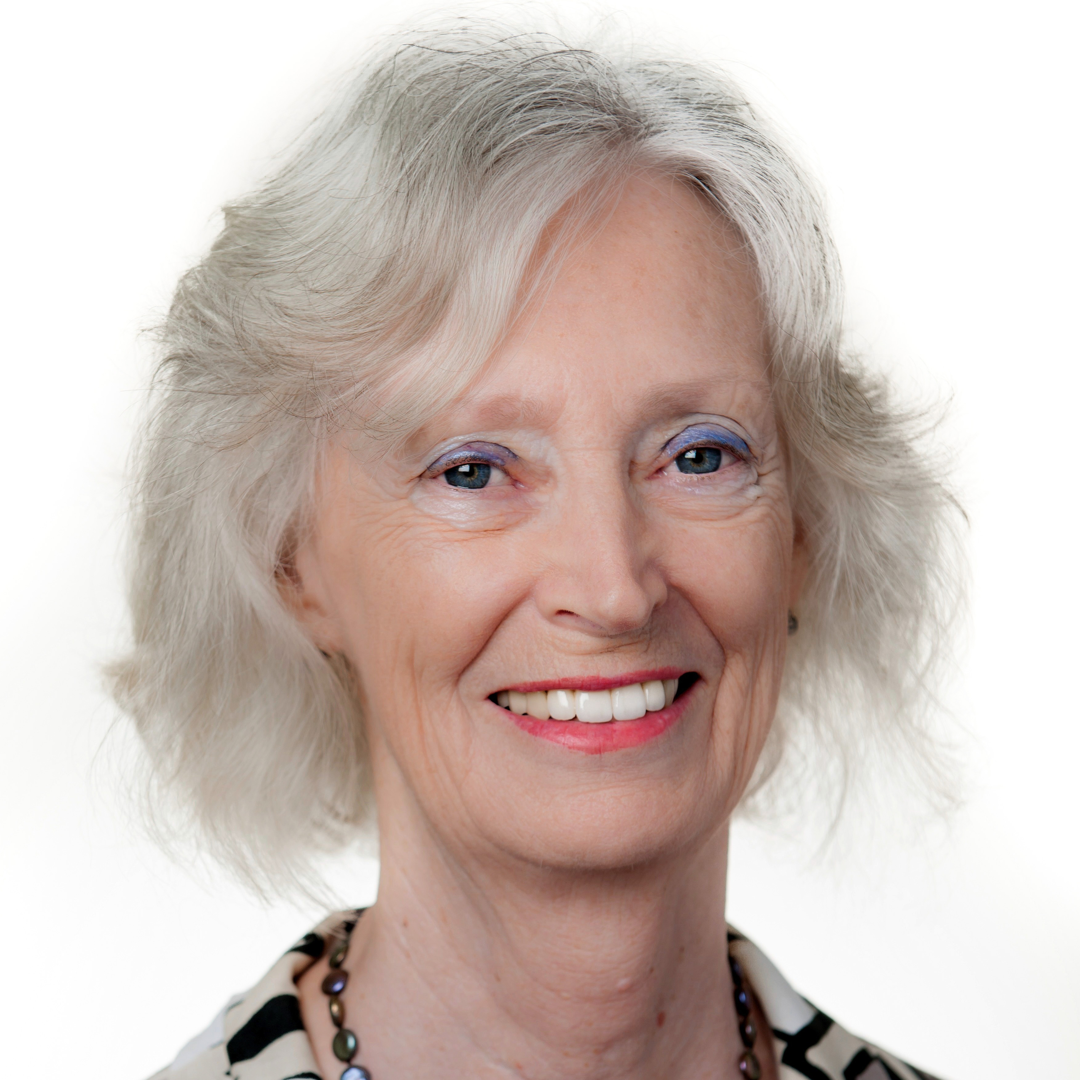 APCRC-Q's Prof Pamela Russell wins 2015 Women in Technology Life Sciences Award