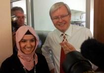 Prime Minister Kevin Rudd and Minister for Health Tanya Plibersek visit APCRC-Q